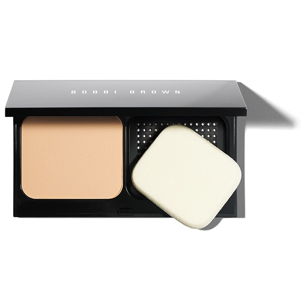 What is it: This creamy, cashmere-like powder delivers a buffed, polished finish and lasting wear in a convenient compact. Available in 20 true-to-skin shades. Who is it for: Anyone with normal to oily skin types who wants a powder foundation with adjustable, natural-looking coverage. Why is it different: Inspired by the look and feel of gorgeous skin, this oil-free powder has a soft, creamy texture that feels smooth and comfortable. It blends evenly and seamlessly onto skin and conceals imperfections, fine lines and pores for a finish that stays fresh and keeps skin shine-free through heat and humidity. How do I use it: For medium to full coverage: Apply with a puff or dry sponge (included in compact). For sheer coverage: Dust on with a